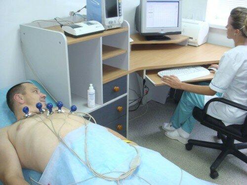 определение сердечных заболеваний при помощи ЭКГ