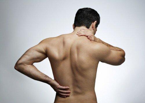 боль спины при ВСД