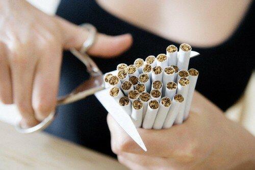отказ от курения способствует избавлению от холестерина